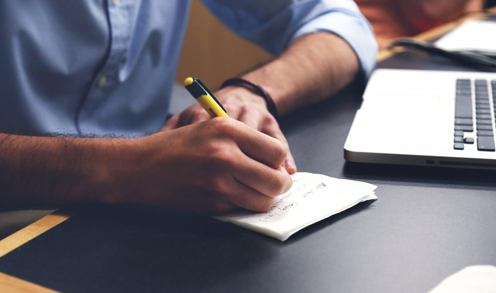 Writing Pre-Selling Content Image